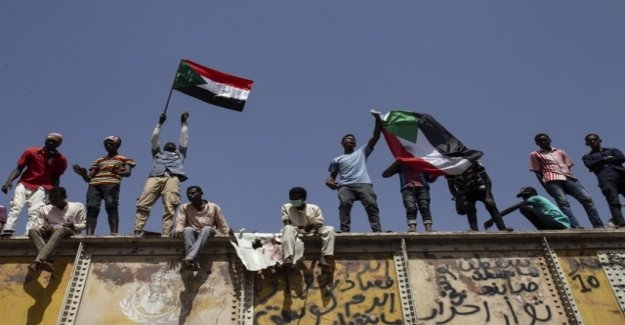 Protesters and military in the Sudan agree