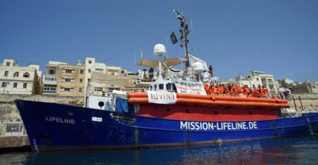 Rescue ship Lifeline: the captain of a monetary penalty of not accepted