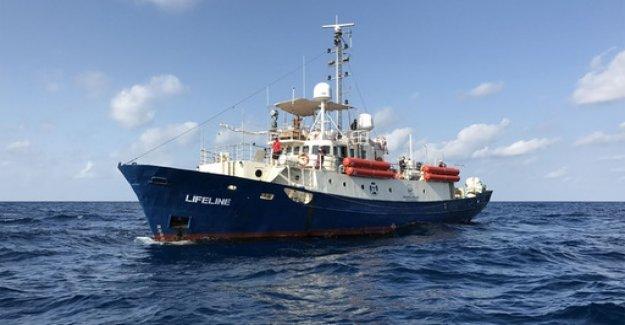 Rescue ship: Lifeline-the captain sentenced to a monetary penalty