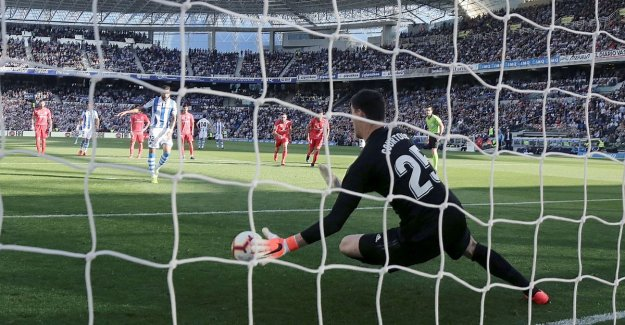 Second place a flight: Courtois stops a penalty, but Real is still the boat against Sociedad
