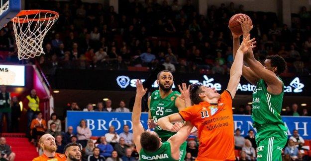 Södertälje took the first round in basketfinalen