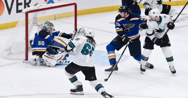 St Louis anger after Karlsson's decisive goal