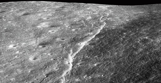 Study: Shrinking moon may produce maanbevingen