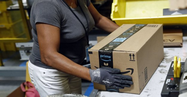Suddenly have to defend Amazon against retailers