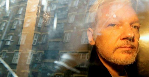 Swedish prosecutors reopen inquiry into rape allegation against Julian Assange
