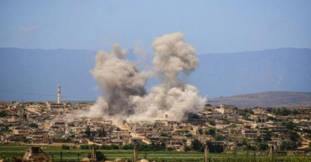 Syria: Heavy air attacks on the rebel stronghold of Idlib