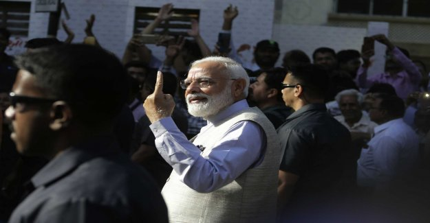 Terrorstämpling is expected to help Modi in the elections