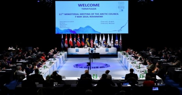 The debt of the USA? The Arctic Council fails to climate of the armed