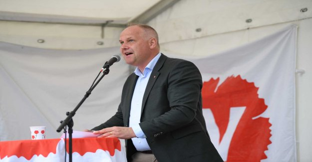The left party want to have a EUROPEAN law against lobbypengar