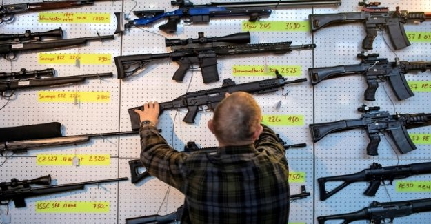 The opponents of the new weapons law to spread a false number