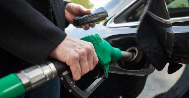 The price of petrol increased to over sek 17 per liter