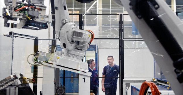 The robots are taking over in the factories of the future