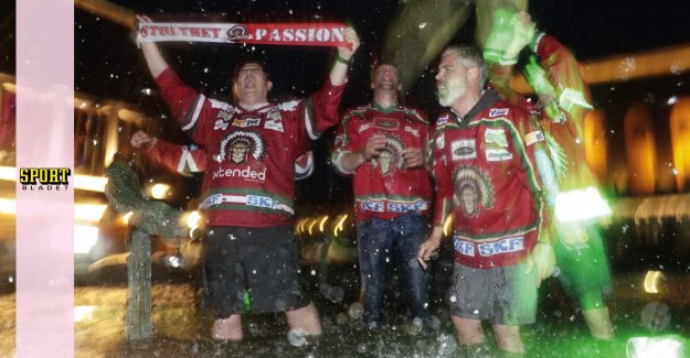 This celebrates the Frölunda-supporters of the gold