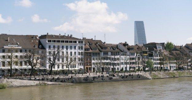 Top earners in Basel, pay more taxes