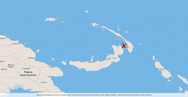 Tsunami warnings after the quake in Papua New Guinea
