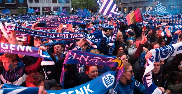 VIDEO. Thousands of Genk supporters worry for a second day in a row for a stunning kampioenenfeest