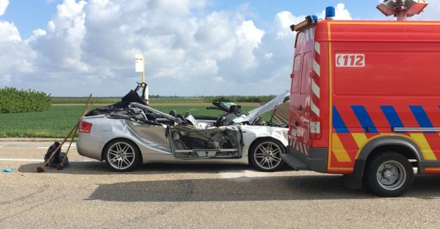 Video: man comes to life after a collision with a truck in Sint-Truiden