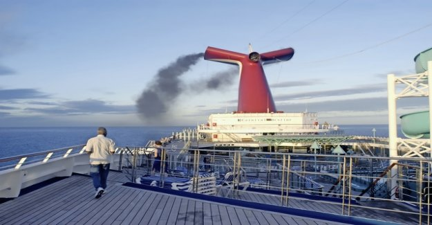 47 luxury liner blow more Dirt into the air as the 260 million cars