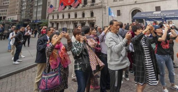 China warns against travel in the USA