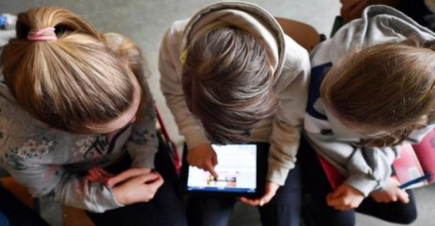 Study: YouTube is a key medium for young people to Learn