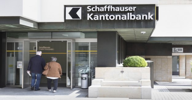 Man with axe in Schaffhausen Bank triggers a police Alarm