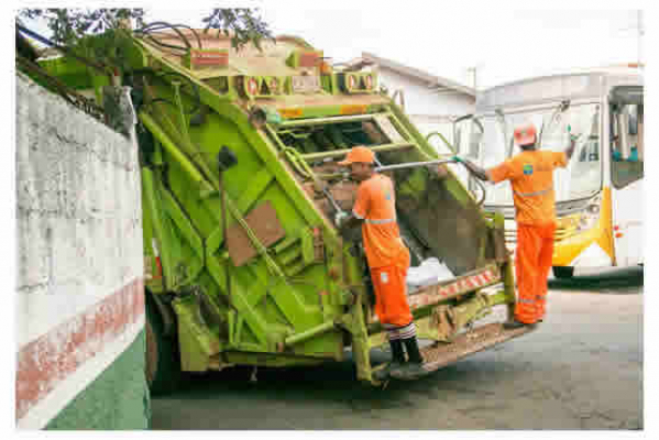 Tips in Choosing the Right Vehicle for Your Waste Collection Business