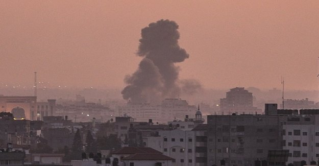 13 Dead by Israeli air strikes