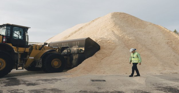 A surprising shortage of raw materials scare industry – in Finland, there is not enough sawdust, and the point we are ready to buy while abroad