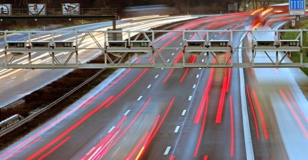 Car drivers threatens to automatic Monitoring