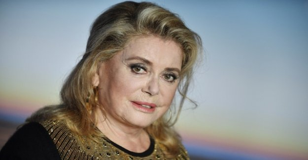 Catherine Deneuve after a stroke in the hospital