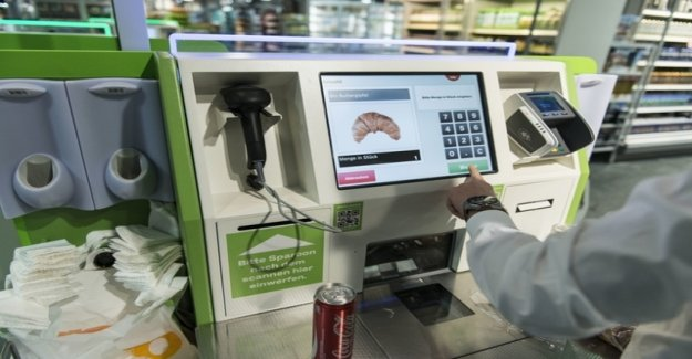 Coop stops the ticket-forced at the Self-Checkout