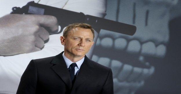 Daniel Craig ceases to be a James Bond