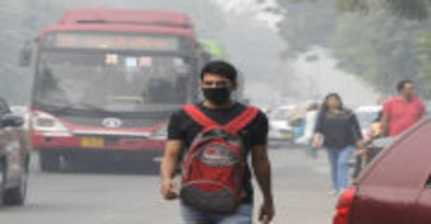 Delhi was closed down schools due to air pollution, outdoor movement is not recommended, killer smog does not seem to lift