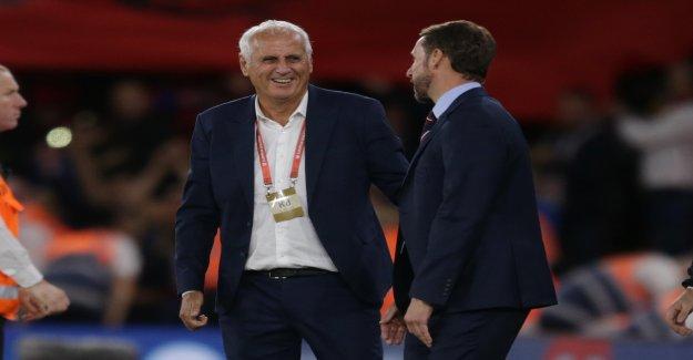 England wins easily, Portugal struggles to EM