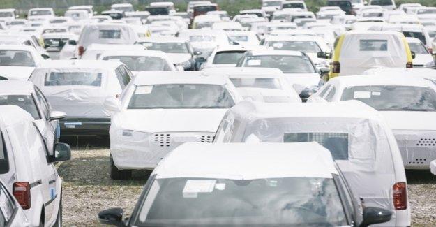 Golden autumn for car salesman – despite the climate debate