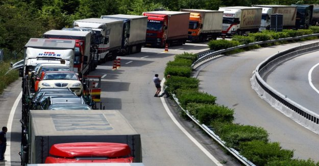 Heavy traffic in Switzerland reached record levels