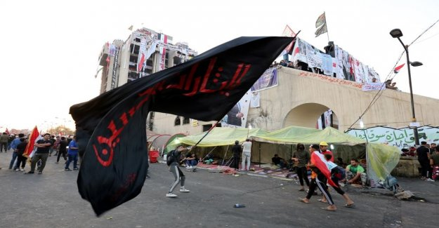 Iraqi security forces disperse demonstrations by force – at Least four dead, over a hundred injured