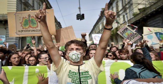 Italy leads the school subject of climate change