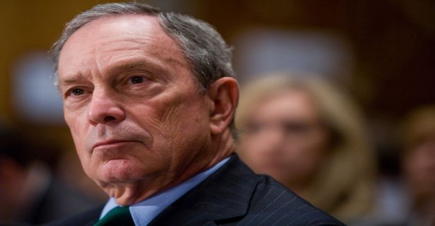 Media billionaire Michael Bloomberg leaves according to the democratic presidential race