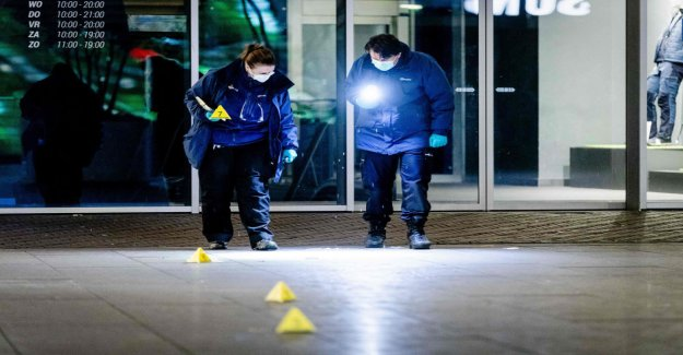 The hague stabbing still at large – police launched a massive search operation