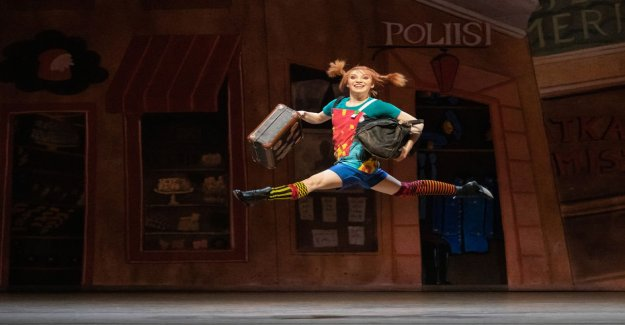The tip of the slippers are not the Pippi Longstocking story – See how the ballet went too big on the shoes