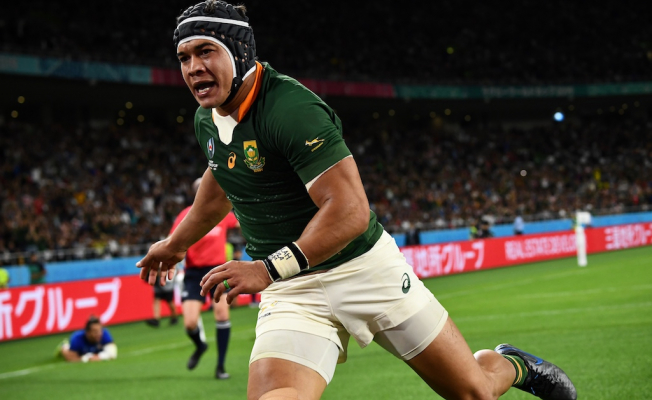 Cheslin Kolbe cleans up at the Top 14 awards