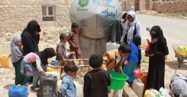 Christmas under the bombs in Yemen hit the office of Oxfam