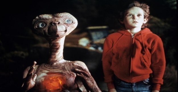 E. T. advertises now for the Internet