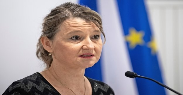 EU is responding irritably to a decision about the cohesion of a billion