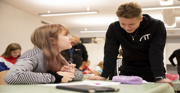 Girls to be inspired to code by combining the programming instruction in the fine arts – Ilkka Paananen: Coding is 2020-century crafts