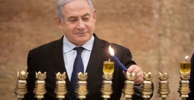 Israel, rocket on Ashkelon: Netanyahu halts rally
