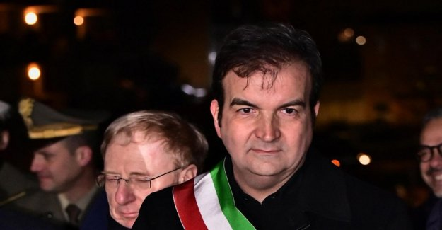 Regional Calabria, it's official: sharp-eyed retires, free Jole Santelli