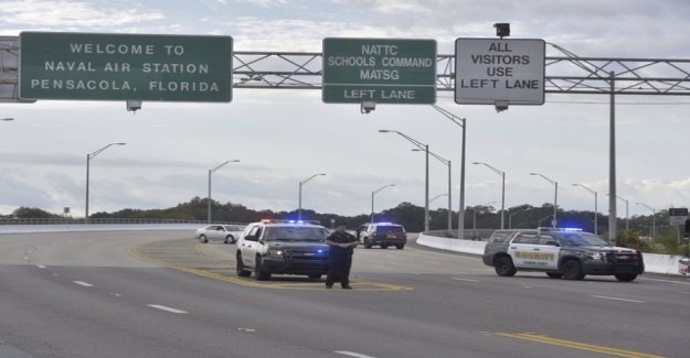 Trump adviser: attack in Florida, looks like a terrorist