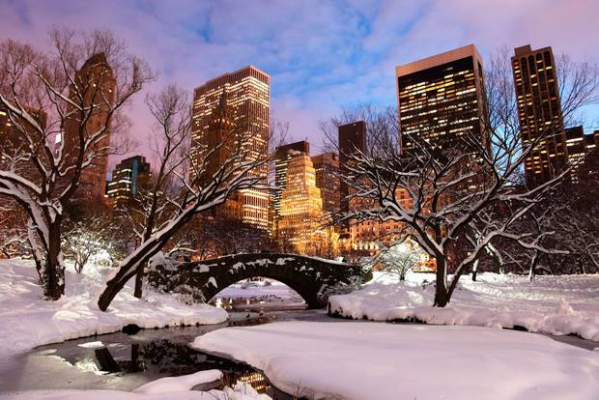 Top places to visit in the US on Christmas day